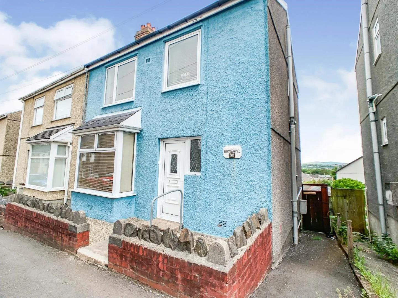 Waun Road, Morriston, Swansea, SA6 6JY